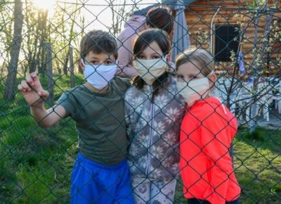 Aktuálně.cz: Situace v dětských domovech je vážná, Poradenské centrum pomáhá i v této době